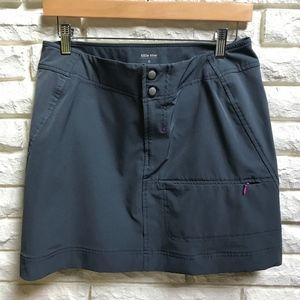 Title Nine Travel Hiking pockets Skirt 6